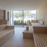 Die Finnische Sauna im Wellnessbereich des Hotel Prora Solitaire verfügt über Meerblick