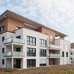 Auf dem Zeppelingelände, einem attraktiven, zentrumsnahen Quartier in Ehingen wurden zwei Mehrfamilienhäuser mit 14 Wohneinheiten in KfW 40 Standard gebaut.
