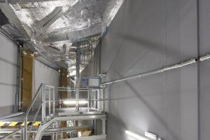 Zustimmung im Einzelfall: Eine dreigeschossige Brandwand REI-M 120 als Sonderkonstruktion trennt in der Elbphilharmonie den Wohntrakt vom Konzertbereich.