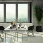 Innenansicht des vertikal flächenbündig montierten Schüco Lüftungssystems VentoLife: Durch den unauffälligen Einbau in Fenster- und Fassadensysteme wird die Architektur des Gebäudes erhalten.