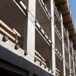 Auf der Süd- und Westseite des Gebäudes werden die Balkone in Form eines stumpfwinkeligen Dreiecks mithilfe des Schöck Isokorb Typ KS realisiert.