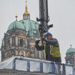 MERA Fassadenbau aus Merseburg blickt auf fast 30 Jahre Erfahrung im Fenster- und Fassadenbau sowie im Stahl- und Aluminiumbau zurück. Seit 1993 ist Schüco Systemgeber. Für die Kastenfenster am Humboldtforum im Berliner Schloss kam unter anderem das Profi