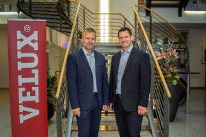 Jacob Madsen (links) wird neuer Geschäftsführer von VELUX Deutschland. Felix Egger (rechts) widmet sich wieder voll und ganz seinen Aufgaben als Geschäftsführer der VELUX Schweiz AG.