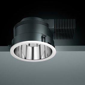 Nero Power – kraftvolles Licht in runder oder quadratischer Bauform für unterschiedlichste Beleuchtungsaufgaben.