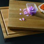 Die Dornbracht Cutting Boards sind als zweiteilige Variante erhältlich (mit und ohne Saftrinne).