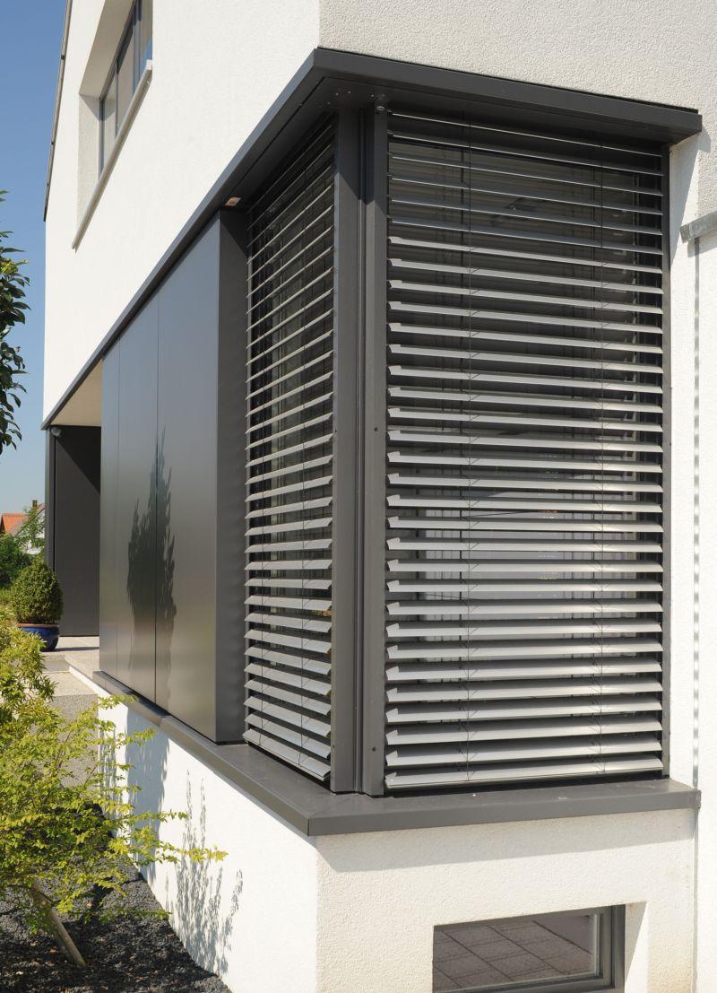 Formen, Farben und Funktionen: Der Modulo von Roma gibt Architekten bei der Auswahl der Außenjalousien maximale Gestaltungsfreiheit.