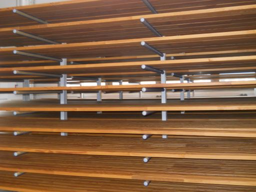 Dauerholz-Dielen - meterlang und schnurgerade