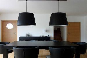 Türen gestalten den Raum. Sie suchen hochwertige Elemente, passend zu Ihrem individuellen Wohnkonzept? ComTür unterstützt Sie bei der Verwirklichung Ihrer Wohnträume. Ob traditionelles Stilelement oder puristische Design-Türe, dem Planer und Gestalter ste
