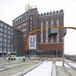 TioCem, der photokatalytische Zement, leistet im Belag des neu gestalteten Platzes der Partnerstädte am Dortmunder U einen Beitrag zur Luftverbesserung.