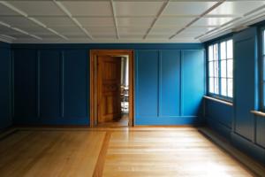 Lukas Imhof Architektur, Altes Pfarrhaus Kesswil, Blaues Zimmer – © Lukas Imhof