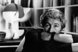 Gae Aulenti, 1989; Mit freundlicher Genehmigung von Archivio Gae Aulenti, Foto: © Hans Visser