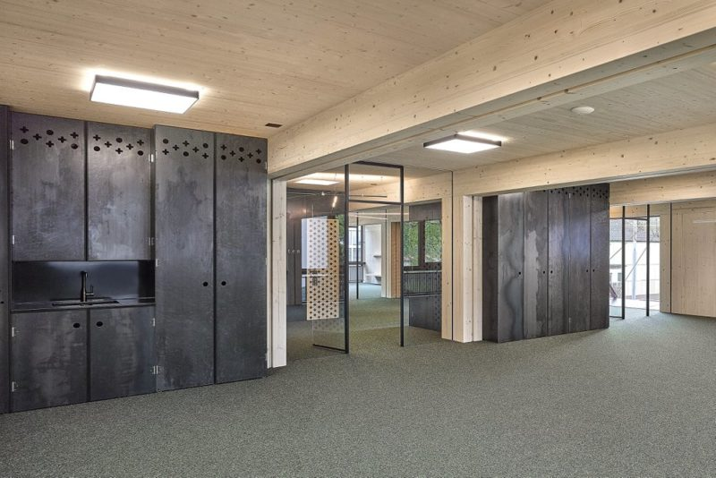 Schulhaus Pieterlen