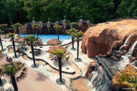 Verlegung von Natursteinplatten: Mit trockenen Füßen durch den Freizeitpark