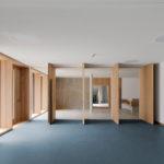 Mehrzweckraum im Kinderhaus in Kirchseeon von meck architekten