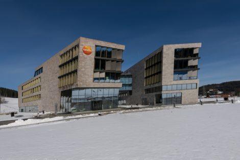 New Work am Titisee: König + Neurath stattet neue Verwaltungsgebäude von Testo aus