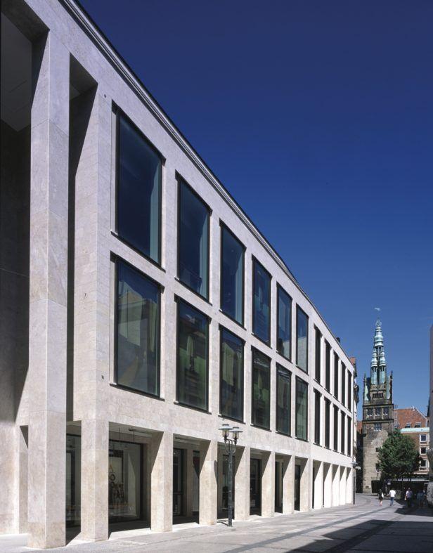 Foto: Stefan RethfeldJosef Paul Kleihues (1933-2004) Zuerst die Stadt: Architektur für das kulturelle Gedächtnis