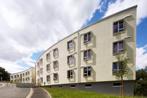 Seniorenpflegezentrum Grävenwiesbach – Harmonie von Natur und Architektur