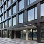 Fassadenpaneele aus bis zu 90 % recyceltem Aluminium , Mercator One Duisburg