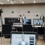Online Live Stream Architektur im Foyer