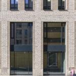Postplatz Fassadendetail mit Fenstern