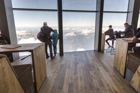 Restaurant auf der Gipfelstation, Zugspitze
