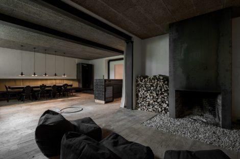 Lounge T