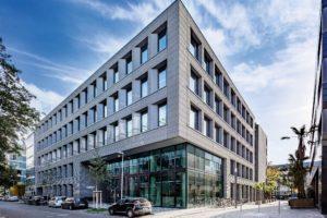 Kautschukboden im HPP Hauptsitz von nora systems Bodenbelag
